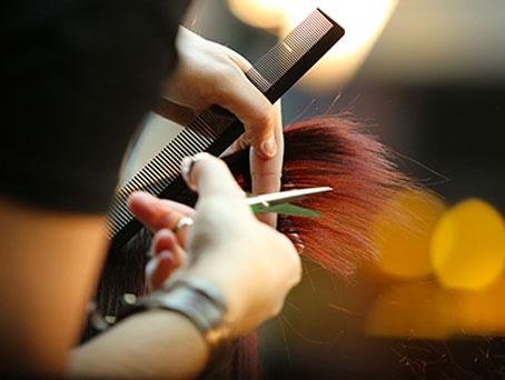 Techniques de coiffure de votre coiffeur à Achicourt (Arras)